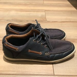 Sperry style ALDO navy shoes